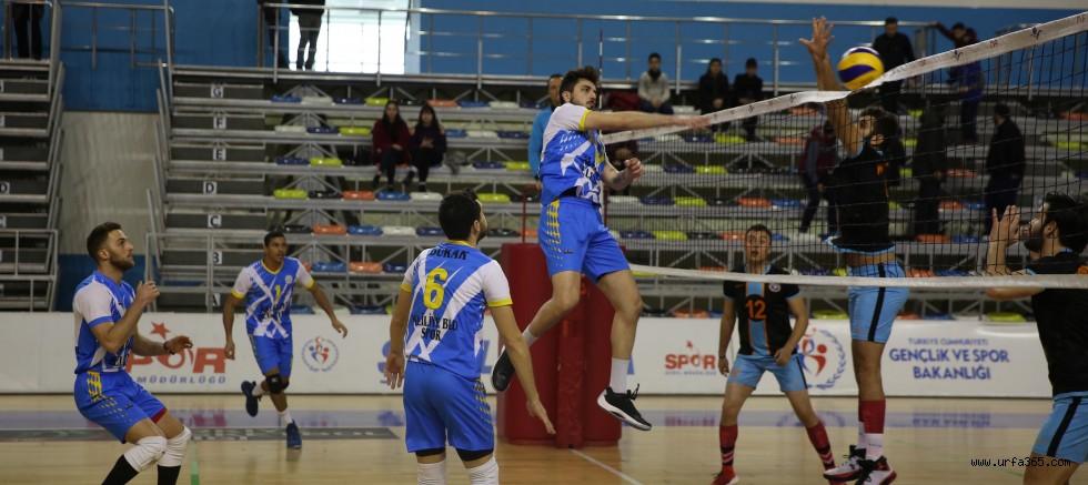 Haliliye Voleybol Takımı, Payas'ı 3-0 Geçti