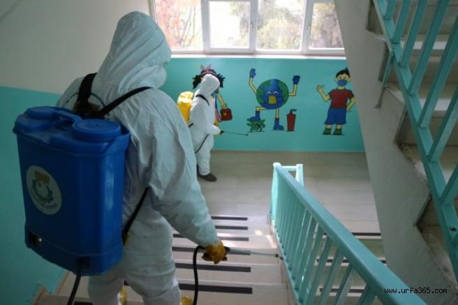 Köy okulları dezenfekte ediliyor