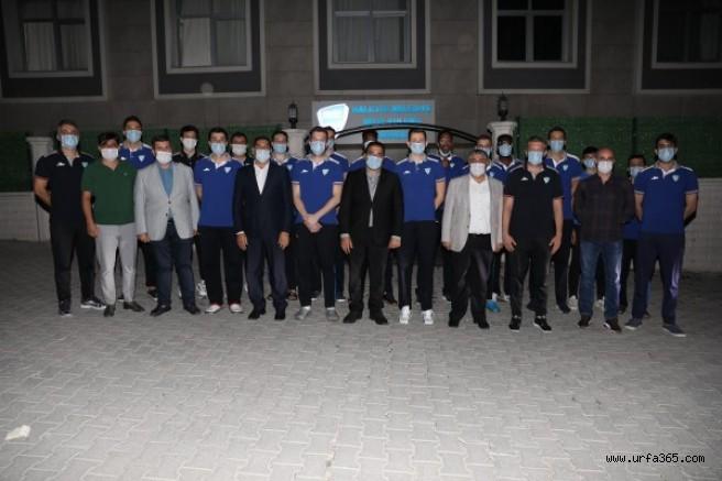Kritik maç öncesi Şanlıurfa ekibine moral ziyareti