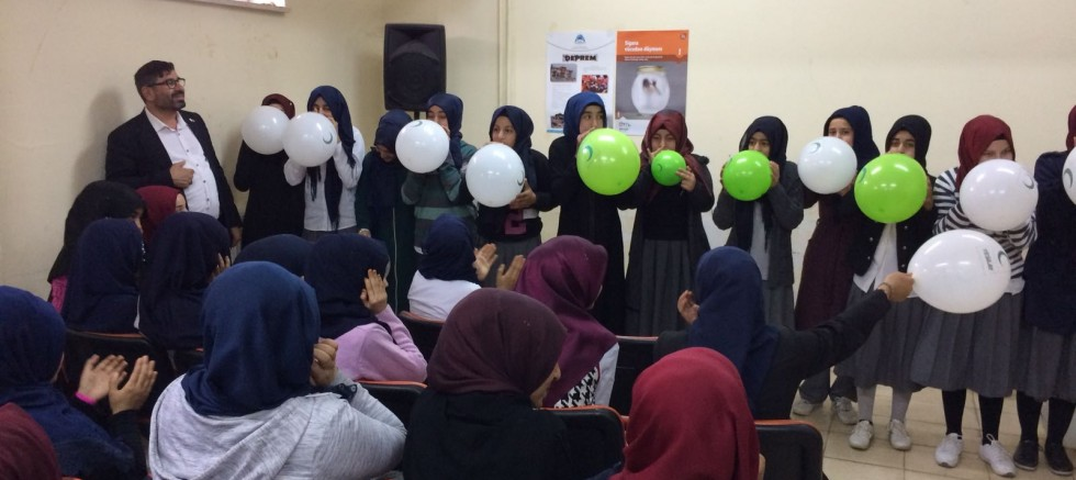 Okullarımızda '' Bağımlılıklarla Mücadele '' Seminerleri Verildi