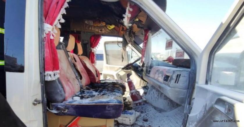 Şanlıurfa'da minibüs yangını